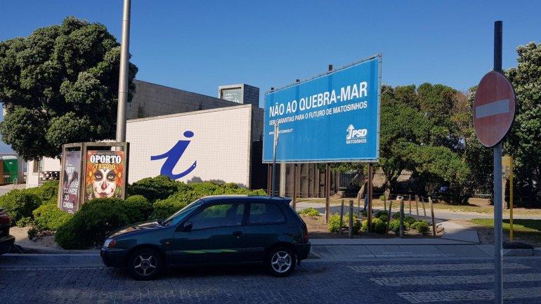 Observador - Porto de Leixões pediu remoção de cartaz do PSD mas CNE deu razão aos social-democratas